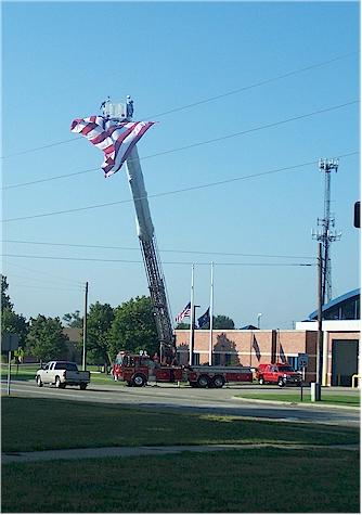 911 flag on firetruck 1